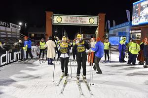Sist i mål var Bernadett Kiss och Jennie Larsson från Lugi som gled i mål klockan 20:10:22 efter 12:10:22 i spåret.