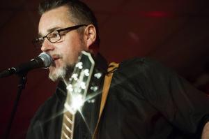 Jack Vreeswijk gjorde ingen besviken när han spelade på Bollnäs Kulturhus.