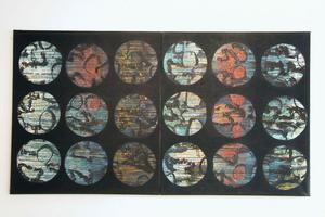 18 cirklar - äggoljetempera. Marianne Aall har jobbat mycket med repetitioner i sitt måleri.