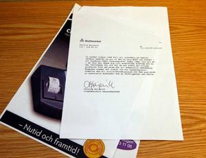 Med brevet som restaurangägaren trodde var från skattemyndigheten, var det fasthäftat reklam från företaget Kassaservice i Östersund. Foto: Jan Andersson
