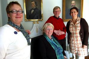 Teknik för framtiden. Lina Dahlbom, längst till höger, informerade bland annat Karin Löfstrand och Florence Emilsson från Hedemora näringslivsbolag, och Hans Pernsjö, kommunledningskontoret, om KomTeks verksamhet i Härnösand.