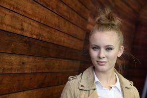 Zara Larsson.