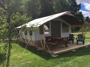 Tälten ska de en lyxigare och bekvämare upplevelse än traditionell camping, enligt  Hilje Blaauw.