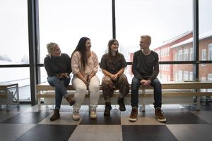 Julia Skog, Thao Nguyen, Malin Gidlund och Max Parment står alla inför samma sak – snart ska ansökningen till gymnasiet in.