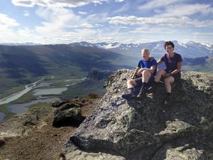 PåSkierfeklippan med utsikt över Sarek och Rapadalens deltalandskap ca 700 meter nedanför oss.