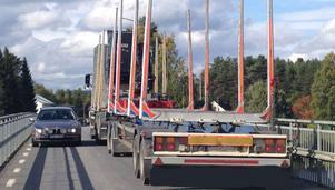 Fotgängare i Rossön oroas av det trafikkaos de väntar ska uppstå om Trafikverket gör allvar av planerna på att ta bort trafikljusen i Rossön.