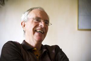"""Hjälper oss förstå. """"Hela livet kan inte gå ut på att 'besegra Mr Parkinson'. Då missar man resten"""", säger Staffan Råberg som fick diagnosen för tio år sedan."""