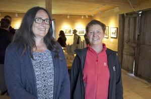Eva Bridell och Veronika Ersson ställde ut fotografier.