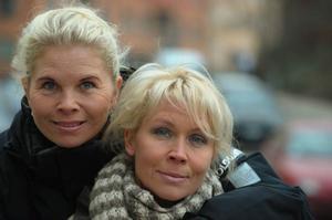 """För Melodifestivalen har Susie och Lili Päivärinta återförenats i sin gamla duo Lili & Susie. """"Vi har egentligen aldrig bråkat så mycket, det var mer det att vi gled åt olika håll."""""""