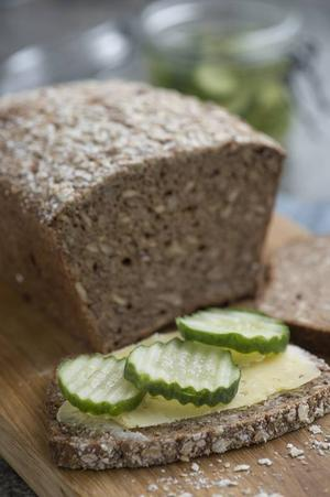 En härlig ostmacka är rena drömmen för glutenintoleranta. Här på Jessicas och Marias grova bröd.