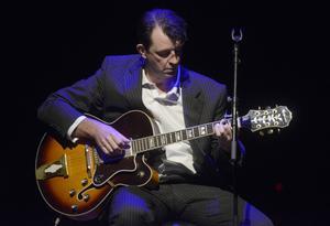 Gitarristen Greame Thompson.