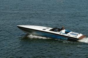 Första juni skärps lagen för sjöfylleri.