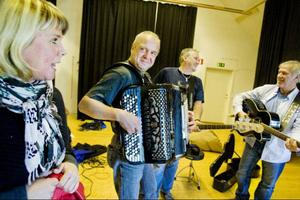 Garvsyragänget, bestående av Ulrika Hollsten, Lars