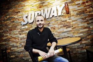 Deniz Tarhan gav inte upp inför hoten från dem som ville stoppa hans restaurang på Söder.