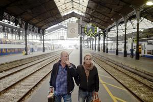 Mauro Scocco och Plura Jonsson har åkt tåg genom Frankrike.