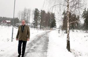 Anders Röhfors promenarar på norr i Arboga - ett område som kommer att växa i framtiden.