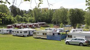 Nicksta camping.