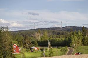 Många boende kring vindkraftverken på Svartvallsberget har klagat på buller.