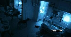 Ett barn, en hund och en osynlig demon i