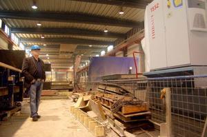 VD Fred Liljegren och de övriga anställda på SCF Betongelement AB i Strömsund kan se framtiden an med tillförsikt, sedan byggandet i Jämtland kommit igång.