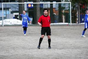 Michael Fellström gjorde domarbedut i ÖP-lirsmatchen mellan Ope och Myssjö/Oviken i tisdags.