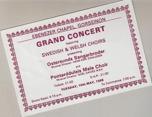 Kören har gjort en del resor under åren. Bland annat 1988 då de besökte England och Wales. I Swansea i Wales hade de en gemensam konsert med manskören Pontarddulais Male Choir.