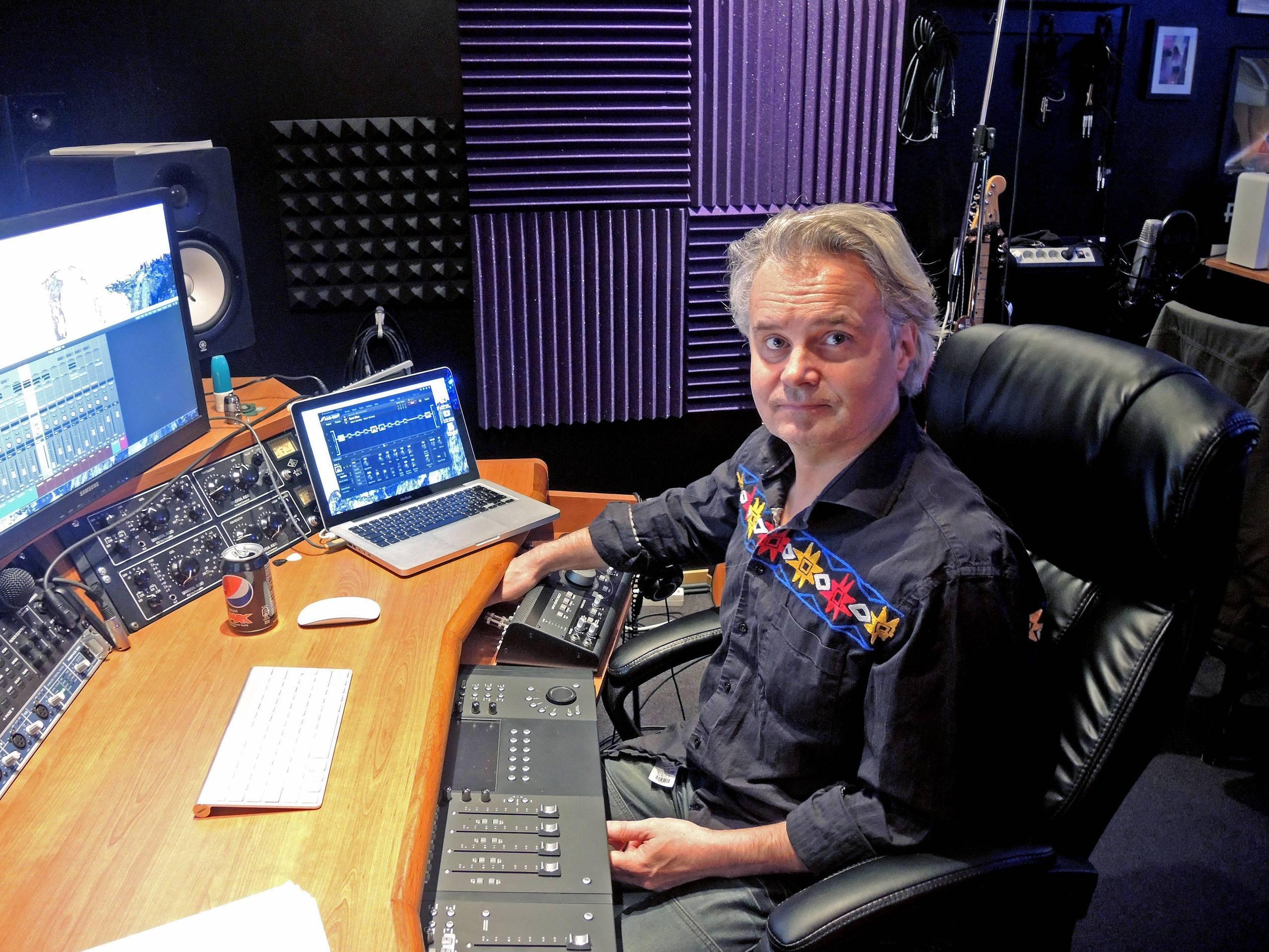 – Det är faktiskt många som vill starta tributeband på till exempel Queen, Yes och Dire Straits som ringer till mig och frågar