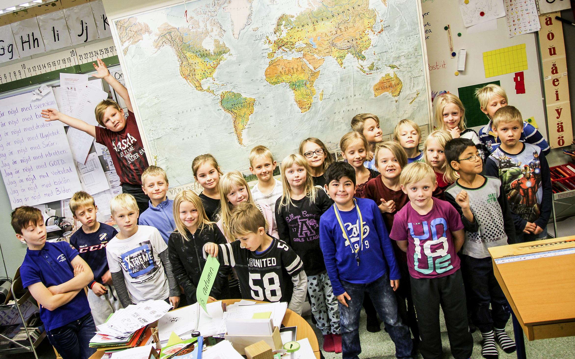 Studenter snackar sig jorden runt