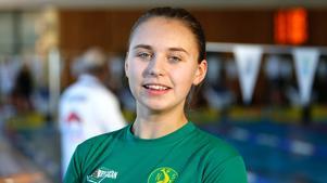 Junioren Alva Westling siktade mot personligt rekord på 50 meter rygg men fick inte sin simning att stämma.