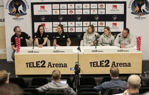VSK och Kareby på torsdagens presskonferens på Tele2 Arena.