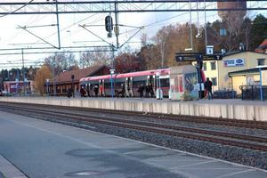 FILMAS. Nu ska järnvägsstationen i Tierps kommun kameraövervakas. Syftet är att minska skadegörelsen. Kommunen har även beviljats tillstånd för övervakning i Tobo och Örbyhus.
