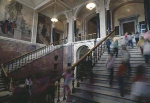 Trapphallen är Nationalmuseums nav. Tanken är att övriga delar av byggnaden också ska bli lika ljusa och öppna som den.