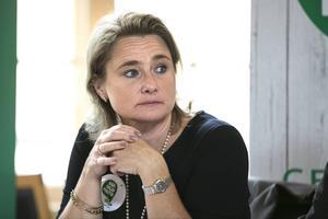 Annette Riesbeck (C) meddelade under fredagen att hon avgår som kommunalråd i Rättvik. Ingen naturlig arvtagare står att finna i partiet, enligt ledarredaktionen.
