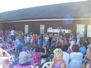 Alla barnen sjunger. Bild: Privat