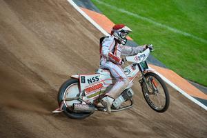 Andreas Jonsson körde i full fart in i Piotr Swiderskis cykel vid en tävling i Polen på söndagen.