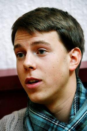"""""""Det är inte lika intressant när vi ordnar Lilla Vasaloppet, Bollskoj med Korpen, eller håller prosatävlingar på skolan"""", säger Felix Starlander."""
