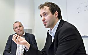 David Norman är nu projektledare för Teknikcollege Hälsingland. Under måndagen träffade han styrgruppen där bland annat Lennart Backlund, gymnasiechef i Hudiksvall, ingår.