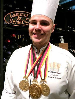 Tungt OS-medaljerade mästerkocken Fredrik Hedlund har flyttat till Sälen.