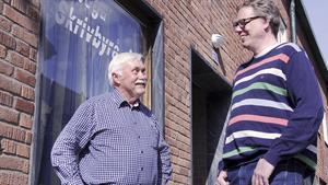 Lämnar över. Conny Hjalmarsson, tidigare ägare till Arboga Skrivbyrå, är glad över att Bbl/AT:s före detta medarbetare Joakim Sparv ville testa något nytt.