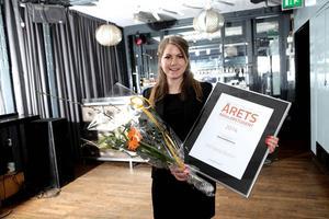 Alftas Michaela Bohlins, 22, är Årets Mäklarstudent.