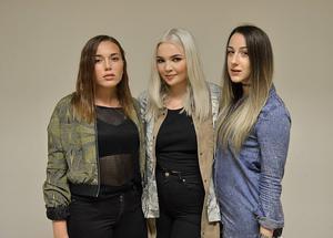 Josefine Wallgren, Ebba Carlberg och Lotta Stenmark i Weekend Riots har släppt sin första singel