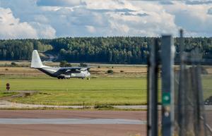 Flygplatsen är inte bara lågprisflyg till London. Det finns många andra som behöver kunna använda den. Foto: Tony Persson/arkiv
