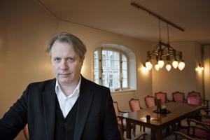 Eirik Stubø har redan lagt ut flera beställningar på nyskrivna pjäser, en så sent som i måndags, berättar han.   Jessica Gow/TT