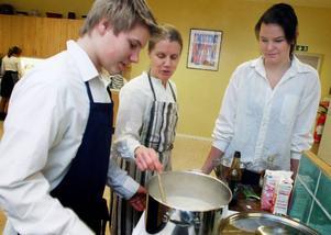 Märit Östberg har utsetts till Årets HK-lärare.
