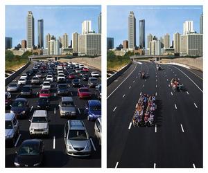 Även i biltokiga USA blir nu fordonen allt mindre populära  och kollektiva lösningar efterfrågas. Bilden är från Atlanta i Georgia och visar hur mycket bilar och väg som går åt för att 73 privatbilister att ta sig fram jämfört med om de skulle samåka.