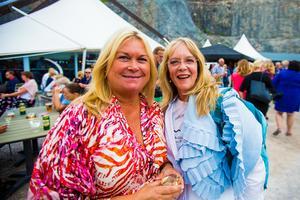 Maria Green och Christine Klockar Lundström inväntade också GES i Dalhalla.
