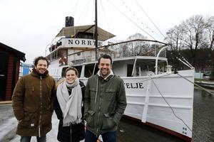 Andreas Mattsson, Malin Jönsson och David Mattsson tog över rodret för s/s Norrtelje 2016.Foto: Anders Sjöberg