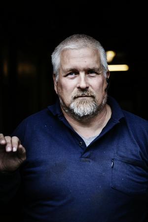 Peter Sjögren och hans kollegor varslades under sommaren. De hoppas fortfarande på en försäljning.