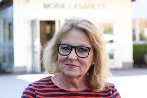 Lisbeth Mörk- Amnelius i Dalarnas Sjukvårdsparti  vill slå vakt om Mora lasarett som akutsjukhus och öppna Mora BB igen.– Det var ett elände att  Mora BB stängde, säger hon.