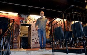 Krögaren Daniel Sandström har haft planer länge på att öppna kött- och fiskrestaurangen Herr Nilsson i Ménageriet. Nu ser satsningen ut att bli av till våren.